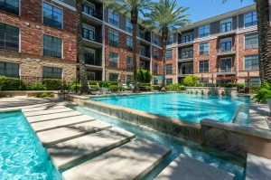 One Bedroom Apartments for Rent in Houston, TX - Pools with Tanning Shelves (2)